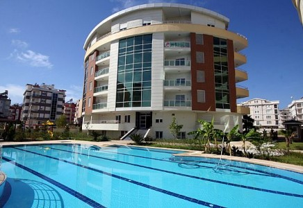 Sell Apartment - in Kumkapi District - Istanbul - 60 meter - 50000 United States dollar
